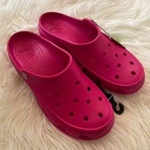 CROCS Freesail Clogs Candy Pink Size 7